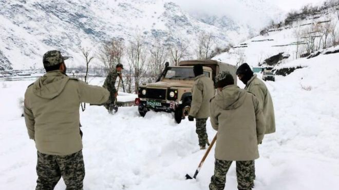Deadly Avalanches Kill Over 100 People in Afghanistan and Pakistan