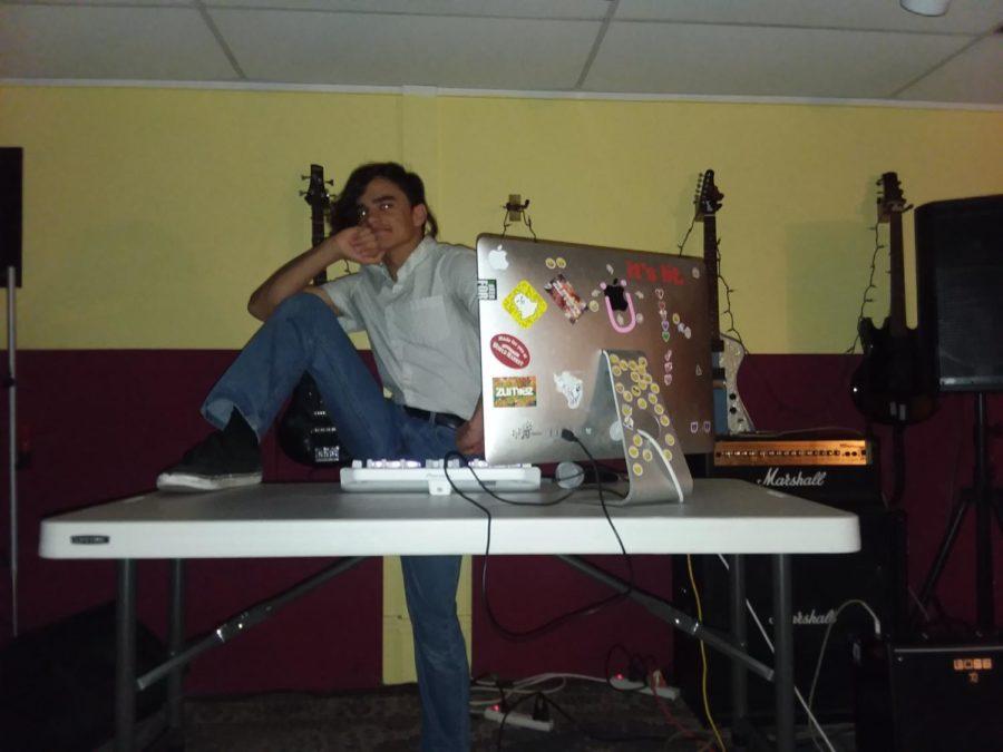Matt Brown DJs Downtown