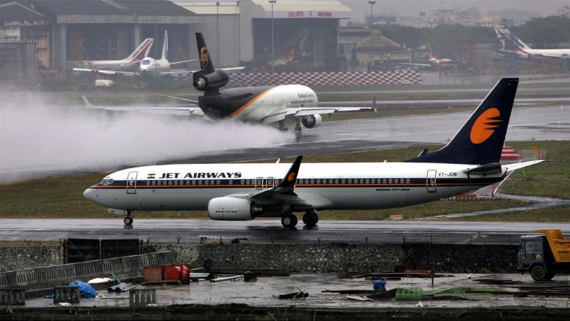 From+https%3A%2F%2Fwww.aljazeera.com%2Fnews%2F2018%2F09%2Fpassengers-hurt-jet-airways-flight-loses-cabin-pressure-180920073653729.html