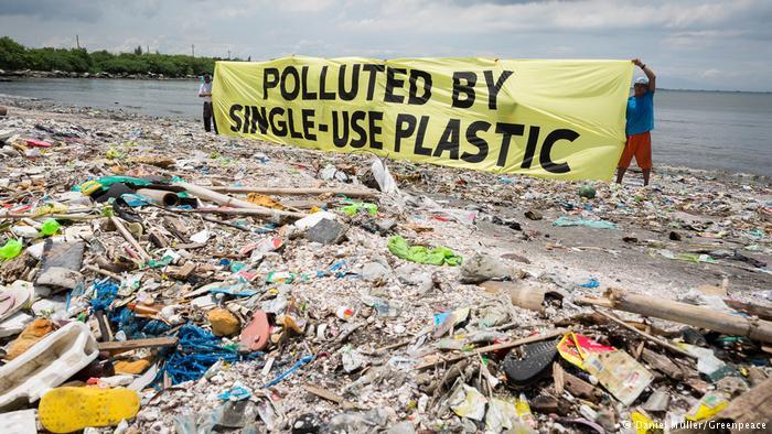California Targets Plastic Straws to Help Save Environment