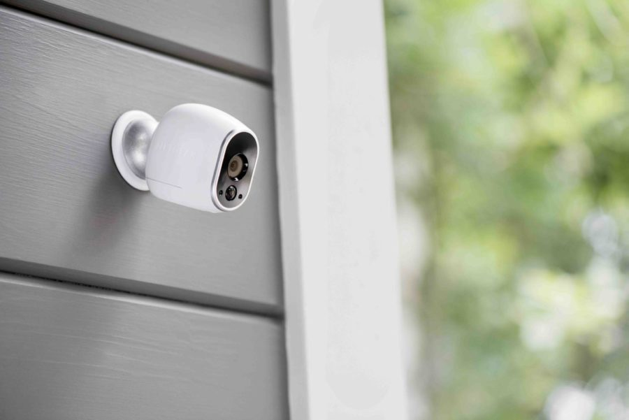 Ever notice someone trying to break into your house? Oh yeah, not really, because everyone gets caught now. The 2018 Arlo system allows you to connect your cellular devices to a camera, so you can really see whats going on.
