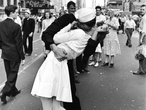 Kissing Sailor in WWII Times Square Photo Dies at 95 Years Old