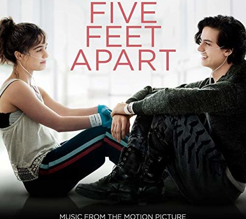 "Five Feet Apart Kitap: ""Five Feet Apart"" Movie Review"