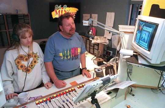 Tucson's New Radio Station Targets Adult Listeners