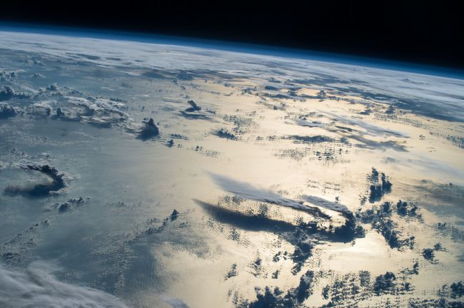 https%3A%2F%2Fwww.space.com%2F35162-best-earth-from-space-astronaut-photos-2016.html