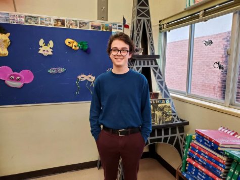 Calvin Mueller: Sahuaro's Only Fourth-Year French Student
