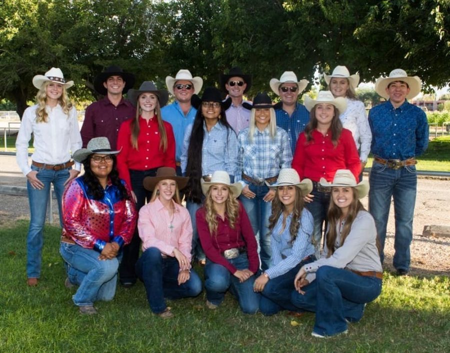 UA+rodeo+team+all+geared+up+for+their+next+performance+