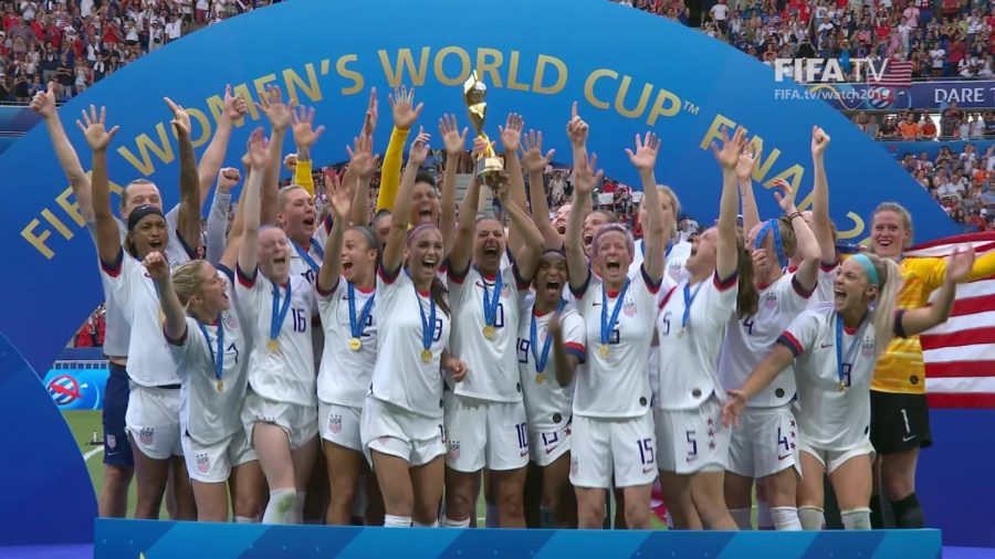 Why USWNT Players Should Have a Pay Increase