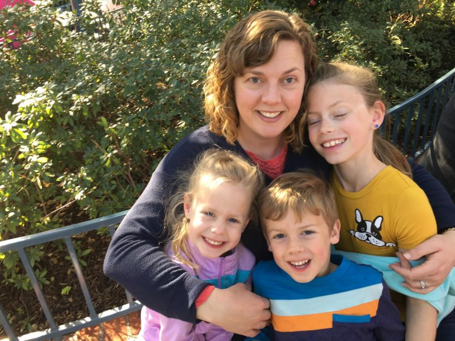 Mrs.+Goodenow+and+her+kids%2C+at+their+happiest+place+on+Earth.