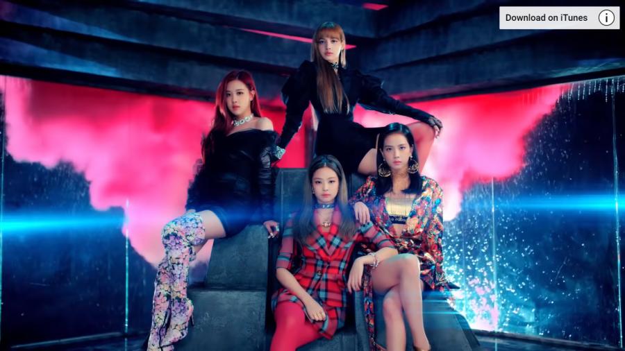 Blackpink+serving+glitz+and+glamour+in+their+Ddu-Ddu-Du+music+video.+